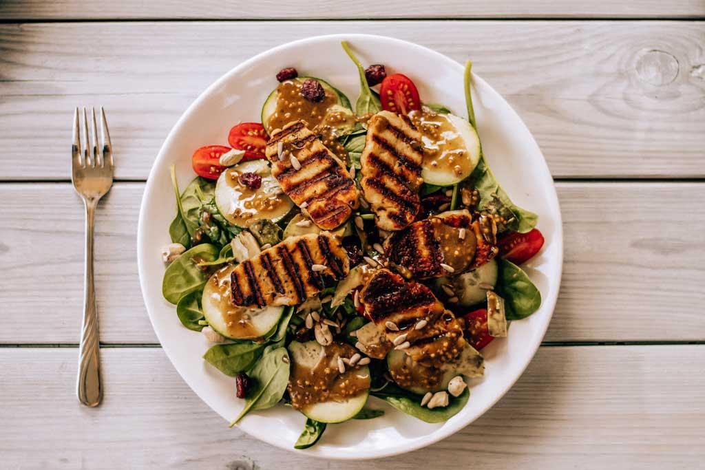 Healthy food, restaurant, salad