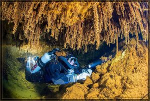 Slovak opal underwater mines | Author: Slovakiaopal